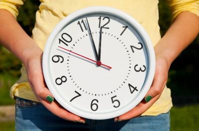 Nudné hodiny a šikovné ruce jsou bezva kombinace.
