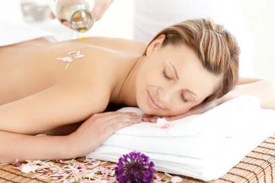 Nechej se hýčkat masážními oleji