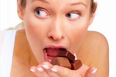 """Nárazové diety často střídají """"žravé"""" orgie"""
