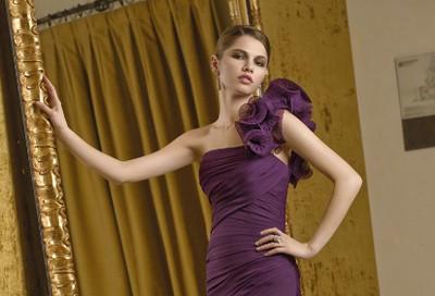V jakých šatech budeš letos na plesech za hvězdu?