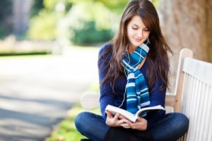 cteni-kniha-dvojjazycne-knizky-studentka