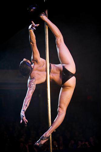 poledance1